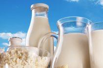 Laptele falsificat, o practica in comertul romanesc. Ce bem in loc de lapte