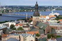 Letonia, un paradis financiar agasant – Courrier International