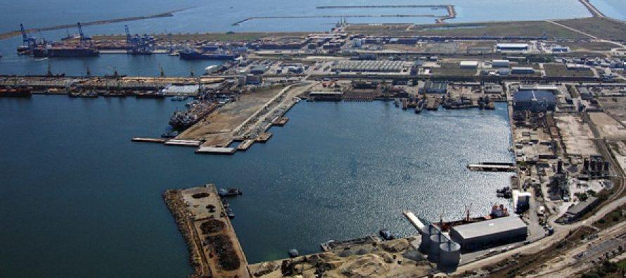 Portul Constanta, inchis din cauza vizibilitatii scazute