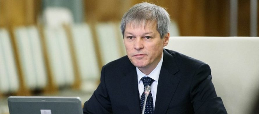 Dacian Ciolos a anuntat ca va vota si cu PNL si cu USR la alegerile parlamentare