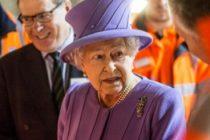 Regina Elisabeta a II-a a decis sa faca un pas in spate. Cine ii va prelua indatoririle