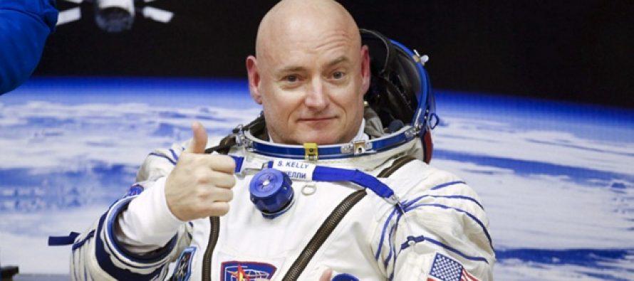 Astronautul Scott Kelly, complet schimbat dupa misiunea in spatiu, este supus unor teste care sa indice efectele radiatiei cosmice asupra ADN-ului uman