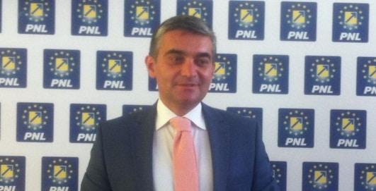 Primarul din Sinaia, Vlad Oprea, audiat la DNA intr-un dosar de coruptie privind contracte de concesiune