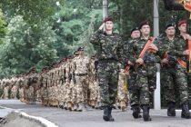 Soldatii si gradatii din MApN ar urma sa aiba aceleasi drepturi cu personalul profesionist, inclusiv la pensia militara de stat