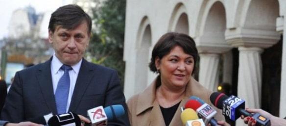 Crin Antonescu si Adina Valean sunt audiati la DNA, dupa un denunt facut de fosta nora a lui Magureanu