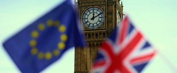 Cetatenii UE vor trebui sa raspunda la trei intrebari daca vor ramane in Marea Britanie dupa Brexit. Vor fi doua tipuri de statut