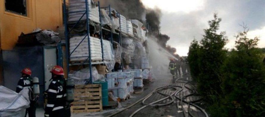 Incendiu la Jilava, un pompier a murit. UPDATE