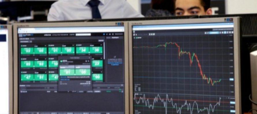 Un nou cutremur pe pietele financiare. Pietele bursiere din Asia si Europa au scazut vineri, dupa ce Wall Street a punctat un declin de 10% fata de ianuarie