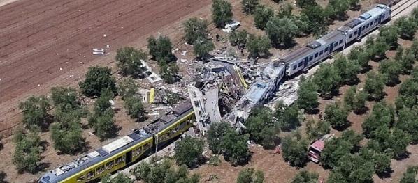 Accident feroviar in Italia, doua trenuri s-au ciocnit in regiunea Puglia. Nu se stie daca sunt romani printre victime