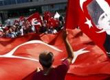 Zeci de jurnalisti din Turcia au primit mandate de arestare