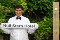 Cel mai cool hotel din lume este situat in Elvetia si nu are pereti. FOTO