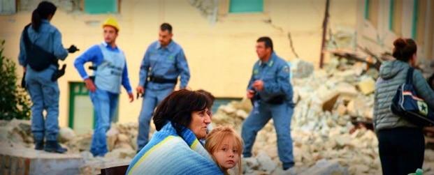 CUTREMUR IN ITALIA. Orasul Amatrice a fost ras de seism, cel putin 21 morti (UPDATE)