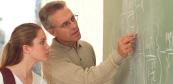 Probleme la detasarea in scoli. Ministrul Educatiei, precizari despre salarizarea profesorilor, masterul didactic, invatamantul profesional dual