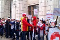 Federatia SANITAS protesteaza astazi la Ministerul Muncii, miercuri si vineri sindicalistii vor picheta Ministerul Sanatatii si Ministerul Finantelor