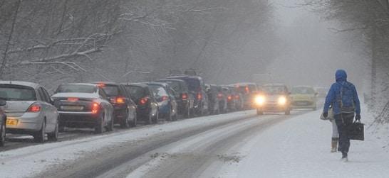 Drumuri blocate sau inchise luni, 26 februarie 2018. Probleme pe drumurile din Dolj, Teleorman si Bacau, in Constanta porturile au fost inchise. DATE INFOTRAFIC