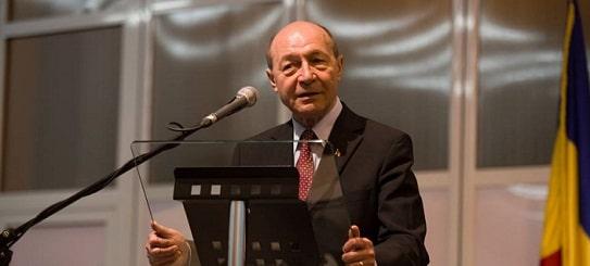 Basescu, apel catre electoratul fostului PDL: La lupta, basisti! Mai ajutati-ma o data sa construiesc un partid pentru Romania