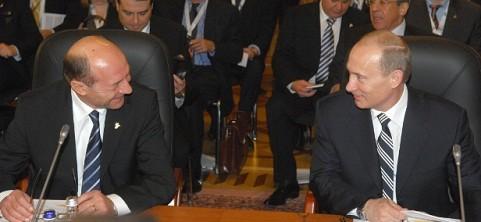Basescu: Am avut ore de discutii cu Vladimir Putin. Cea mai groaznica poza a regiunii ar fi militarizarea Marii Negre