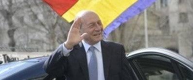 Promisiunile lui Basescu inainte de alegeri: PMP nu intra la guvernare decat daca da premierul/ Respectarea referendumului cu 300 de parlamentari/Reunificarea Romaniei cu Rep. Moldova