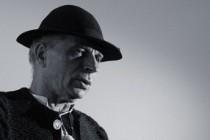 """COLINDE DE CRACIUN. Grigore Lese si ceata de colindatori din Titesti va invita la spectacolul """"La portile ceriului"""""""