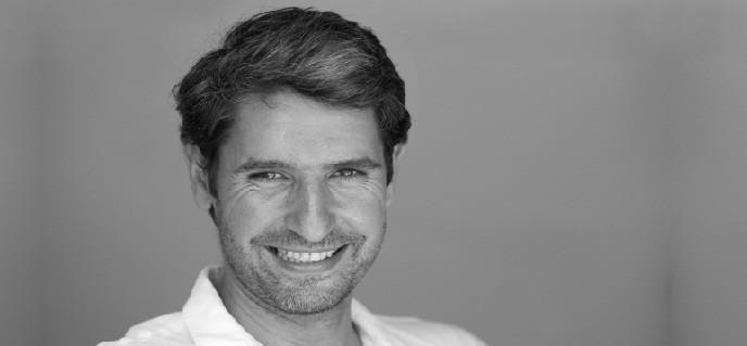 Eugen Popa, presedintele Asociatiei Romane de Hipnoza: Oamenii rezoneaza mai rapid la emotie