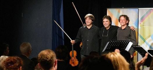 """Turneul """"Duelul Viorilor"""" - un proiect Radio Romania - ajunge la New York si la Washington"""