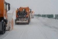 DRUMURI INCHISE SAU BLOCATE DE ZAPADA, 12 IANUARIE 2017. Traficul rutier inca este oprit pe autostrada A2, pe tronsonul Fundulea – Lehliu Gara. UPDATE