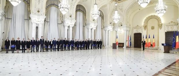 Romania are Guvern, ministrii Cabinetului Grindeanu au depus juramantul! Presedinte Iohannis: Astept sa-mi spuneti cum veti ajunge la deficit de 3%