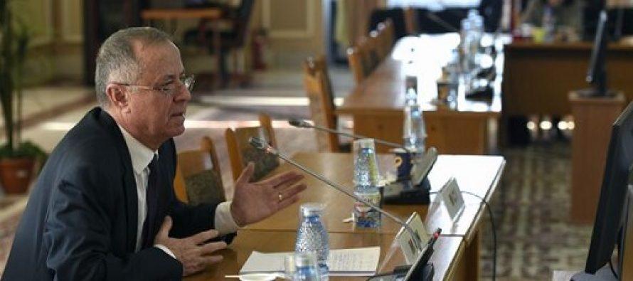 Ce asteapta profesorii de la noul ministru al Educatiei: Realizarea grilelor de salarizare si abrogarea ultimei OUG care proroga cresterile salariale pana in 28 februarie