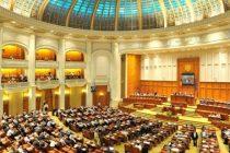 Codurile Penale modificate au fost adoptate de Camera Deputatilor. Opozitia a anuntat ca va ataca la CCR ambele proiecte