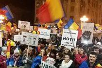 Protestatarii de la Timisoara au facut un Referendum Anticoruptie in Piata Operei, documentul va fi trimis la Cotroceni. VIDEO