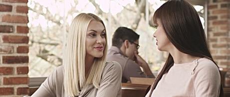 Ii asculti cu adevarat pe cei din jur? Psihologul Andra Tanasescu: Daca nu asculti, iti vei pierde in timp prietenii!