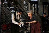 """Teatrul National din Bucuresti va invita la spectacolul """"Doua loturi"""""""