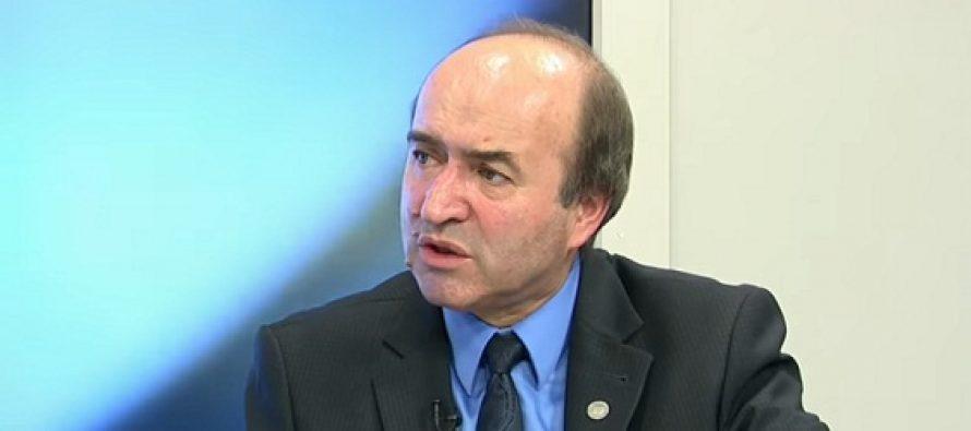 Tudorel Toader: In lipsa urgentei, nu poate fi adoptata o Ordonanta de Urgenta!