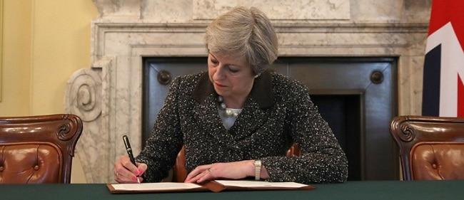 Marea Britanie declanseaza procedura de BREXIT, scrisoarea de activare a articolului 50 al Tratatului de la Lisabona ajunge astazi la Bruxelles