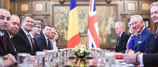 Presedintele Klaus Iohannis si Printul Charles s-au intalnit la Palatul Cotroceni. Discutiile au vizat si comunitatea de romani care traieste si lucreaza in Marea Britanie