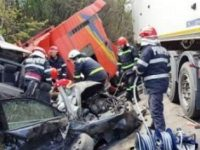 Accident grav pe DN 65 in Padurea Sarului, langa Slatina. A fost declansat Codul Rosu de interventie