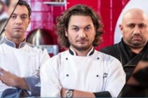 CHEFI LA CUTITE, 10 APRILIE 2017 LIVE. O noua editie de confruntari aduce surprize pentru jurati