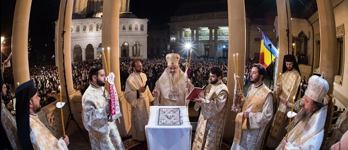 Mesaj de Paste de la Patriarhul Daniel: Viata omenirii este indreptata catre Inviere, iar universul fizic este indreptat catre un cer nou. Hristos a Inviat!