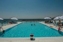 Statiunea de pe litoral care concureaza cu Mamaia: Plaja incepe sa arate ca in Egipt!