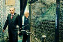 TURCIA. Erdogan iese victorios la referendumul care ii permite sa-si extinda prerogativele si sa ramana in functie pana in 2029