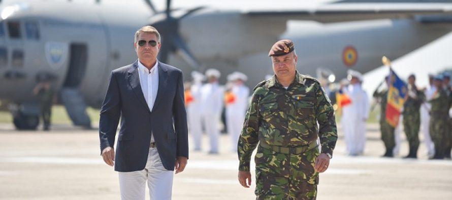 Presedintele Iohannis, in vizita la Baza Mihail Kogalniceanu. Intalnire cu presedintele Comitetului Militar al NATO si cu militarii romani si britanici