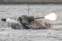 Un TAB al MApN s-a scufundat duminica in Dunare, in timpul exercitiului militar de trecere fortata a bratului Borcea din seria Saber Guardian 17
