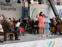 Aniversarea Radio Vacanta si Gaudeamus 100, la dispozitia vizitatorilor in statiunea Mamaia