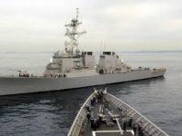 Marina americana a oprit operatiunile din intreaga lume, dupa ce distrugatorul USS John S. McCain a intrat in coliziune cu un petrolier in largul Singapore