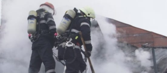 Incendiu la un depozit din Bucuresti situat pe Bdul 1 Decembrie