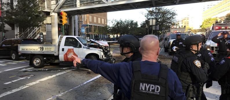 Atac terorist in Manhattan, New York: Morti si raniti, dupa ce un camion a intrat in oameni pe o pista de biciclisti