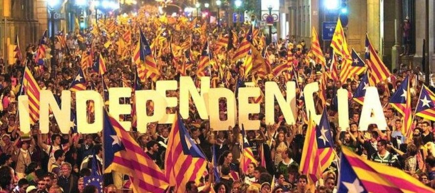 SPANIA. Guvernul se intruneste de urgenta, dupa ce liderii Cataloniei au semnat o declaratie de independenta suspendata pentru negocieri cu guvernantii