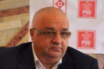 Ministrul Transporturilor l-a demis pe directorul CFR SA, Marius Chiper, nemultumit ca trenul cu care a ajuns la Deva a avut intarziere o ora