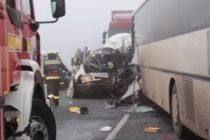 Accident cu un microbuz romanesc in Ungaria, trei morti si mai multi raniti