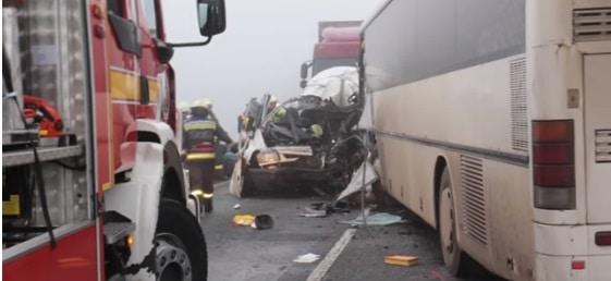 Accident de microbuz cu romani in Ungaria, trei morti si mai multi raniti